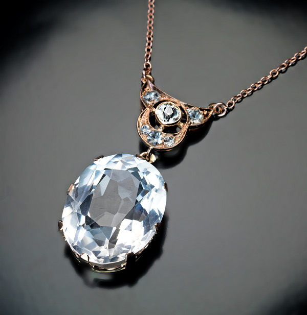 Art Deco Rock Crystal And Blue Spinel Rose Gold Necklace