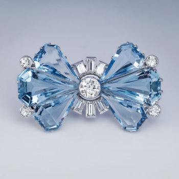 Vintage Art Deco aquamarine diamond platinum bow brooch pin
