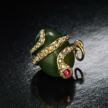 antique nephrite diamond snake egg pendant attributed to Faberge