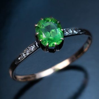 demantoid garnet ring jewelry