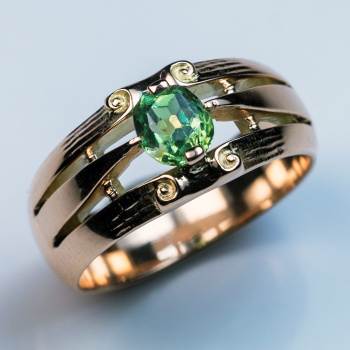 vintage rose gold rings - demantoid garnet ring