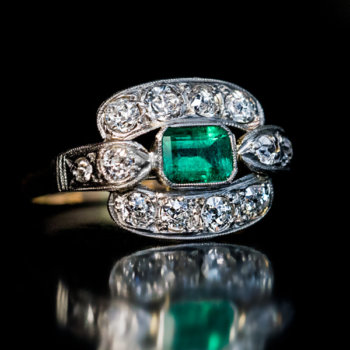 Art Deco vintage emerald diamond engagement ring