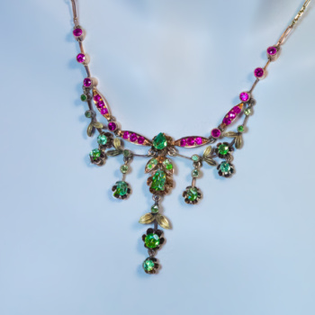 Belle Epoque demantoid and ruby necklace