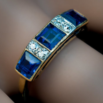 antique three stone sapphire ring