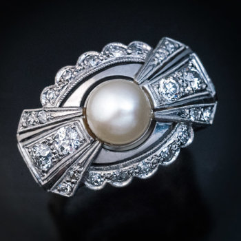 Art Deco bow shaped pearl diamond gold ring