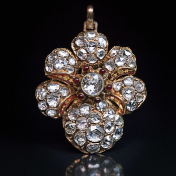 Victorian jewelry - antique old rose cut diamond pendant necklace