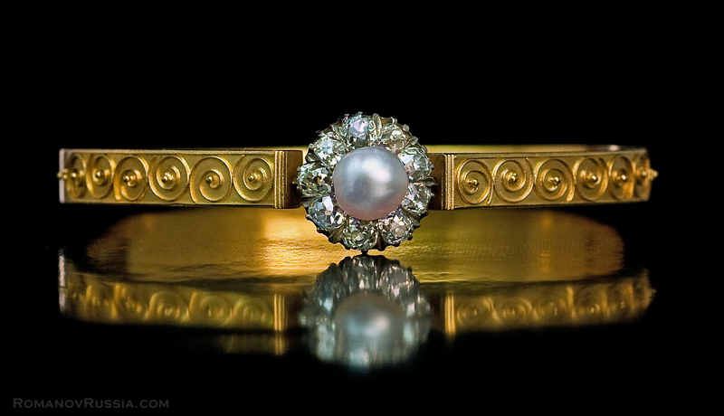 faberge 1800s antique natural pearl diamond gold bangle
