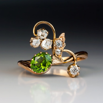 antique_demantoid_ring.jpg
