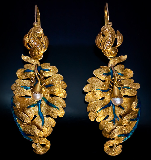 A Pair Of Magnificent Victorian Era Antique Gold Leaf Earrings