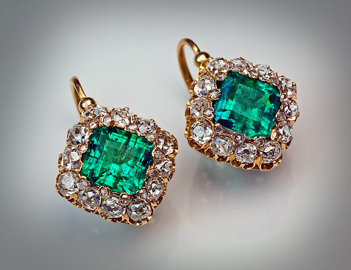 Antique French Belle Epoque Emerald Diamond Earrings