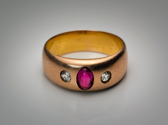 Antique Diamond & Ruby Gold Gypsy Ring For Sale