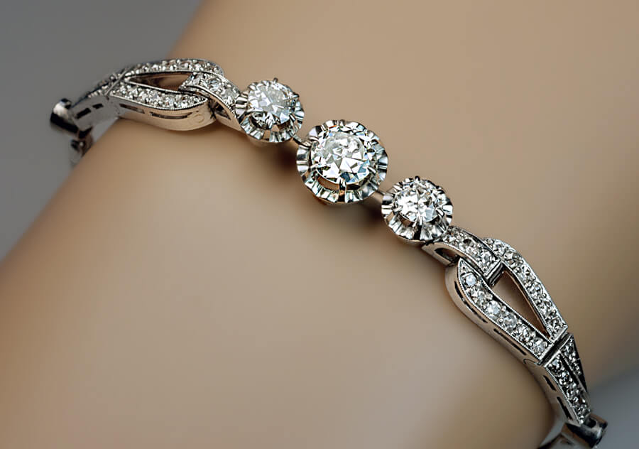Art Deco Vintage Diamond Platinum Bracelet