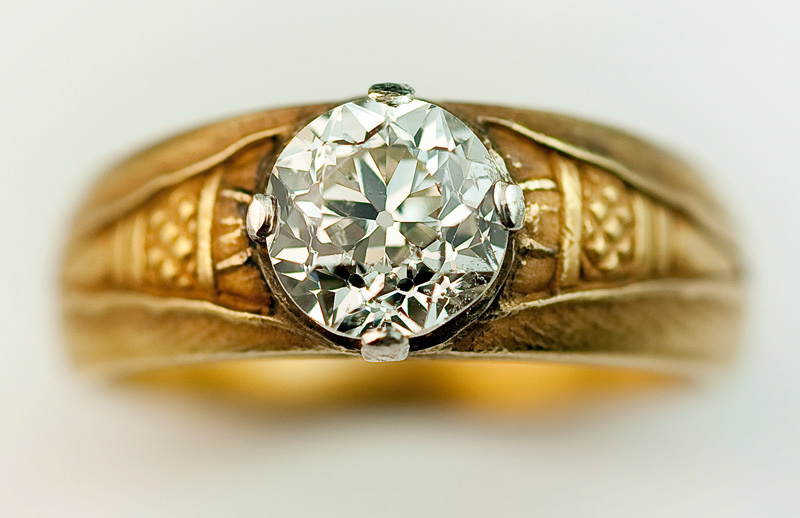 Vintage 1 90 Ct Solitaire Diamond Gold Gents Ring