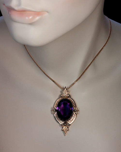Victorian Jewelry 19th Century Amethyst Gold Pendant Antique