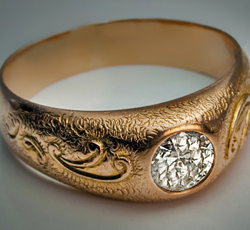 vintage_gold_diamond_rings2.jpg