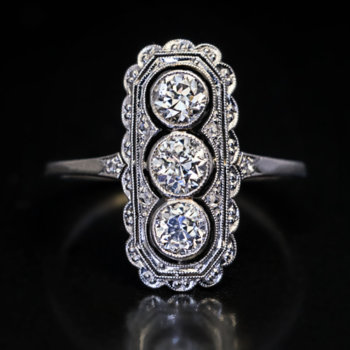 antique Edwardian diamond platinum engagement ring