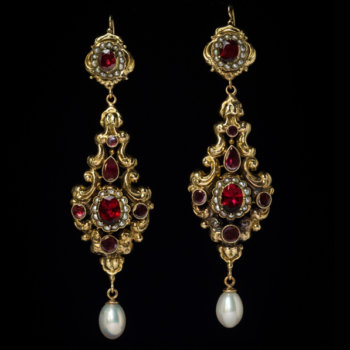 antique pendant earrings in Renaissance style