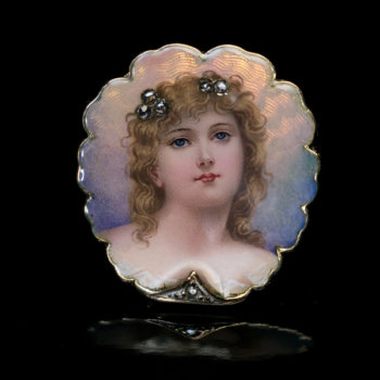 beauty of Belle Epoque antique enamel brooch pin