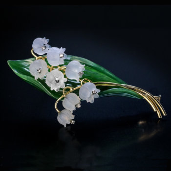 Vintage Lily Of The Valley Nephrite Jade Rock Crystal Diamond Brooch Pin