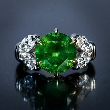4.98 ct demantoid ring