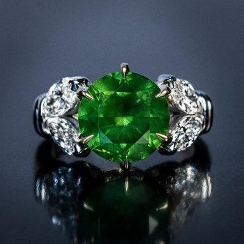 4.98 ct demantoid ring