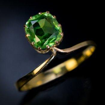 antique Russian demantoid ring