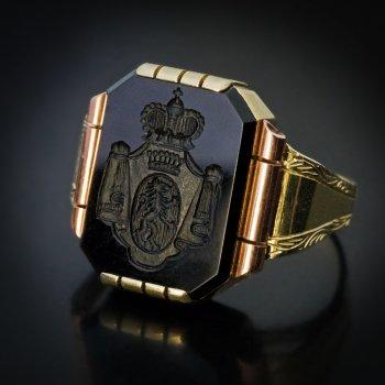 vintage onyx intaglio gold signet ring