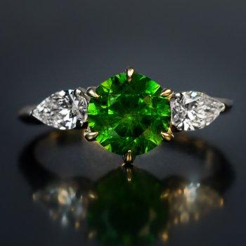 Russian demantoid ring