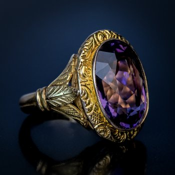 antique Victorian amethyst chased gold unisex ring