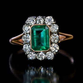 antique emerald and diamoind engagement ring