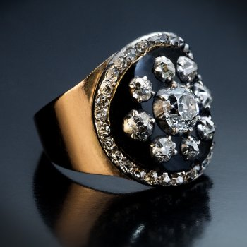 Antique Georgian era late 1700 - early 1800s diamond, black enamel and gold ring