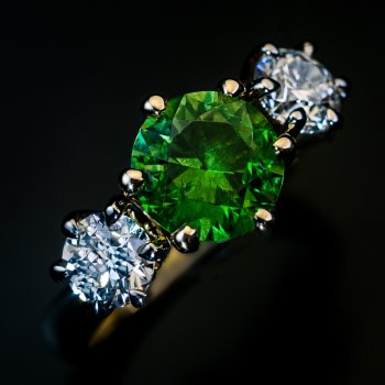 1.90 ct Russian demantoid and diamond ring