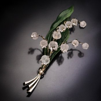 Lily of the Valley rock crystal, nephrite jade, diamond and gold vintage brooch pin