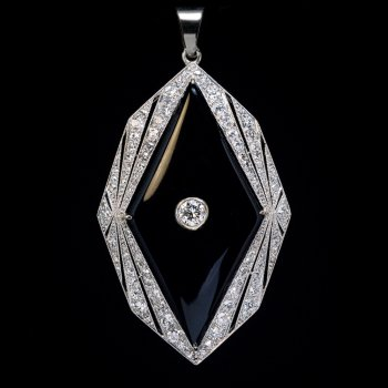 Art Deco vintage onyx, diamond and platinum pendant necklace