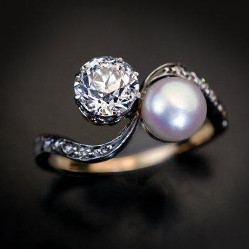 Antique Belle Epoque crossover engagement ring