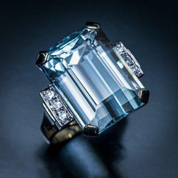 Art Deco vintage aquamarine ring