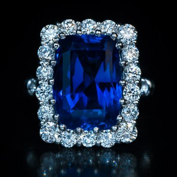 Ceylon unheated sapphire ring