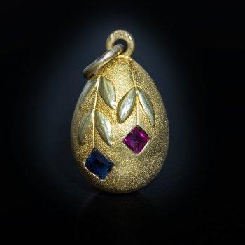 Antique gold egg pendant - Art Nouveau jewelry