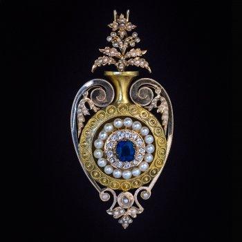 Antique Victorian era jewelry - an amphora shaped jeweled gold pendant locket c. 1870