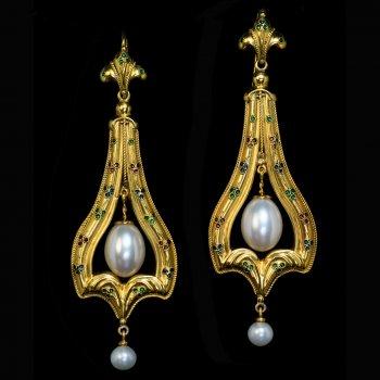 Vintage Renaissance style earrings