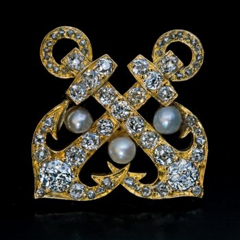 Antique anchor brooch - gold, old mine cut diamonds and pearls c. 1890s