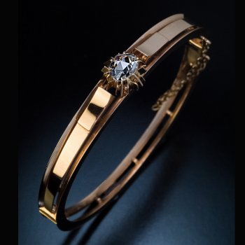Antique Victorian era rose gold and rose cut diamond bangle bracelet