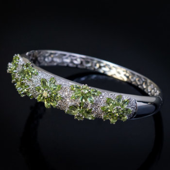 peridot diamond gold bangle bracelet