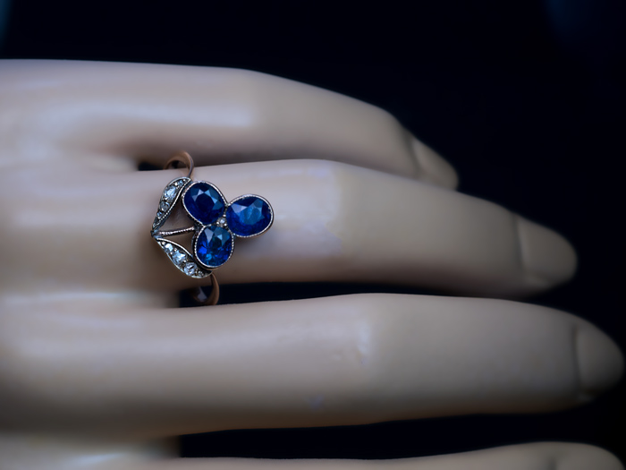 Antique Blue Sapphire Flower Ring Antique Jewelry