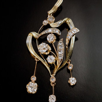 Art Nouveau diamond gold pendant