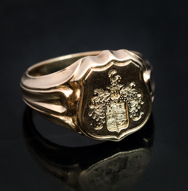 Antique 19th Century Carved Gold Armorial Signet Ring