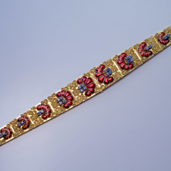 vintage 18K gold Italian bracelet with enamel sapphires and filigree