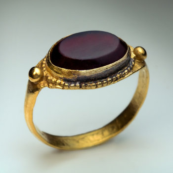 medieval rings - gold and garnet Byzantine signet ring