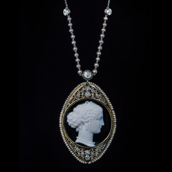 antique cameo jewelry