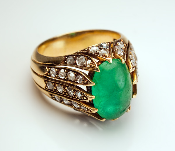 Vintage French Cabochon Emerald Rose Diamond Gold Ring Antique